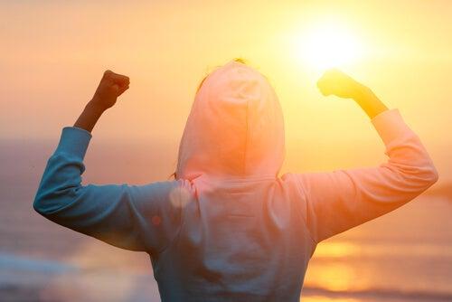 Hablar sobre tus metas hace que no se cumplan, según un estudio