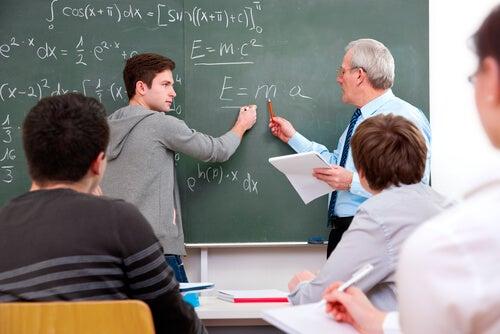 ¿Cómo actuar ante un alumno que nos pone a prueba?
