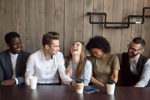 ¿Qué beneficios tiene el humor para nuestra mente?