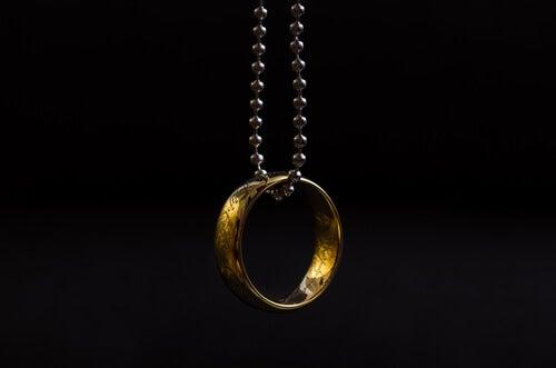 El anillo, un cuento sobre el valor de las cosas