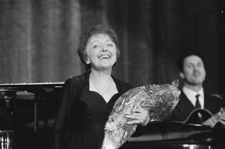 Édith Piaf, biografía del gorrión de París