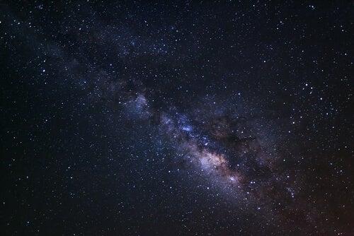 Estrellas por la noche
