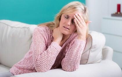 La cefalea cervicogénica, muy común en la mujer