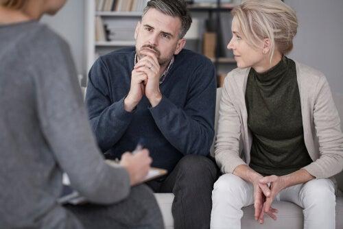 Pareja con el psicólogo