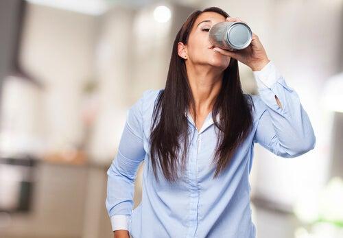 La acción de bebidas estimulantes en nuestro cerebro