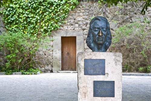 Escultura del rostro de Chopin