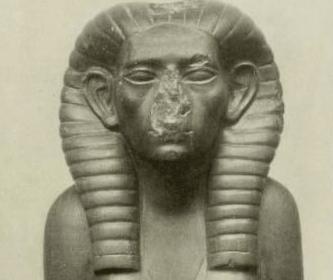 Estatua de Sobekneferu