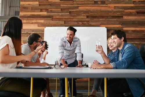Cómo liderar equipos de trabajo
