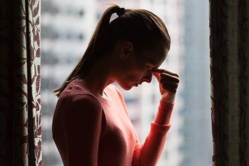 Cómo disminuir la rumiación y la preocupación limitante