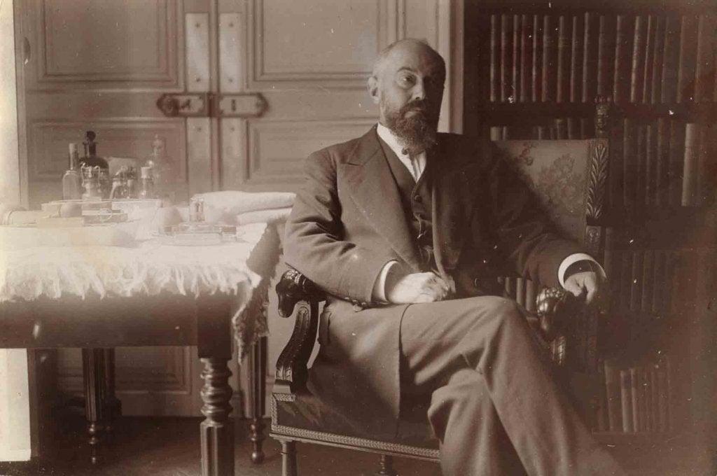 Pierre Janet y la corriente del análisis psicológico
