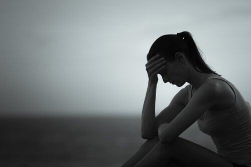 La curiosa relación entre la depresión y el color gris
