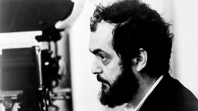 Stanley Kubrick de perfil