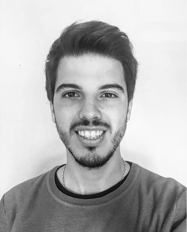 Thumb Author Francisco Roballo