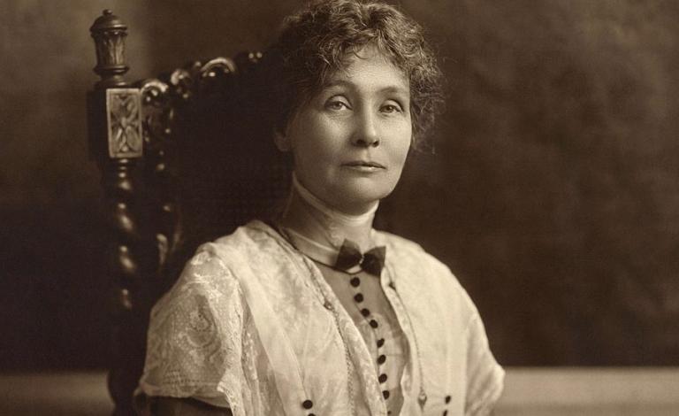 Emmeline Pankhurts: biografía de una líder sufragista