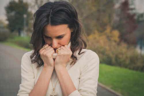 Disonancia cognitiva en dependencia emocional