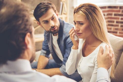 Aspectos a evaluar en la primera sesión de la terapia de pareja