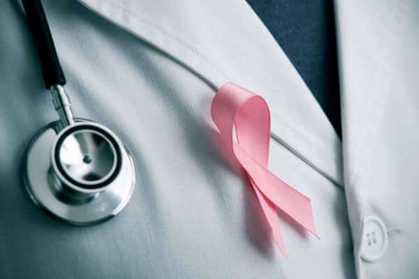 Lazo rosa representando la lucha contra el cáncer