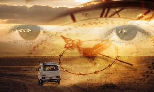 Ojos tras reloj representando la necesidad de sanar el pasado