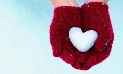 Sentirse solo en pareja: la frialdad emocional que crea distancias