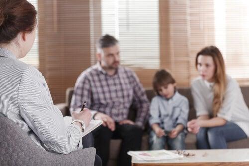Familia en el psicólogo