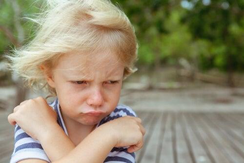 Cómo intervenir con niños con conductas de desobediencia