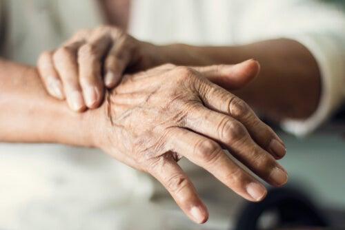 Síndrome extrapiramidal, ¿qué es y por qué se produce?