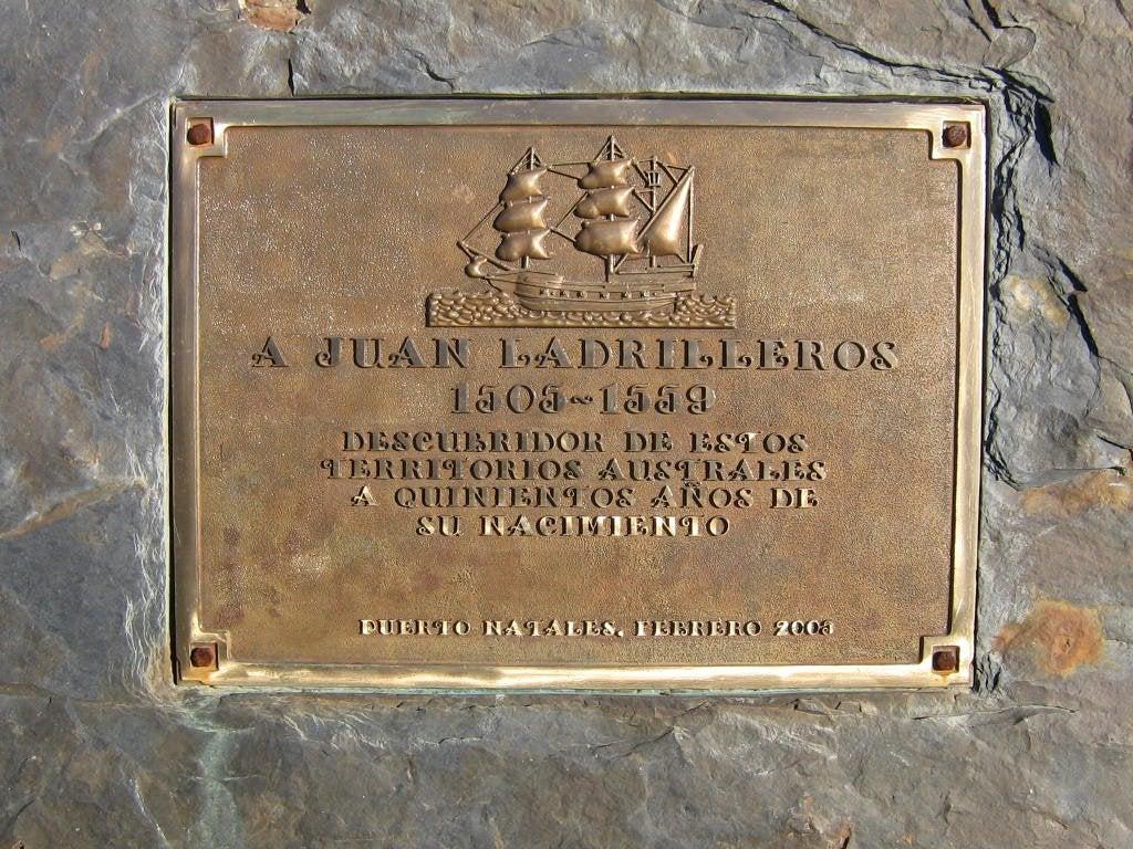 Placa Juan Ladrillero