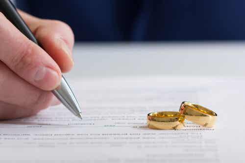 ¿Qué tipos de regímenes matrimoniales existen?