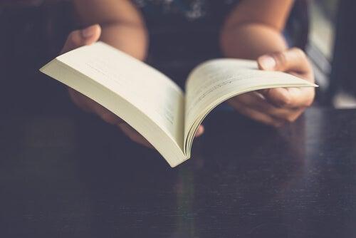 ¿Cómo funciona el cerebro cuando leemos?