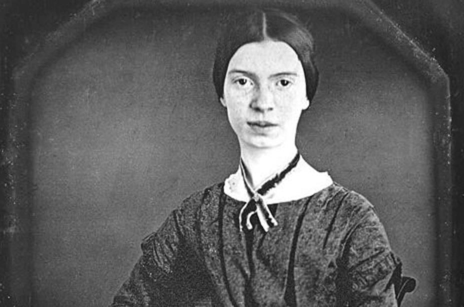 Emily Dickinson, biografía de una mujer enigmática