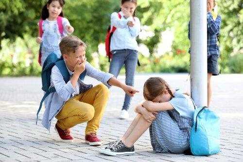 Hijos que hacen bullying, ¿qué pueden hacer los padres?