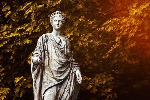 Estatua de Deméter