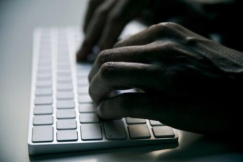 ¿Qué es el ciberterrorismo?