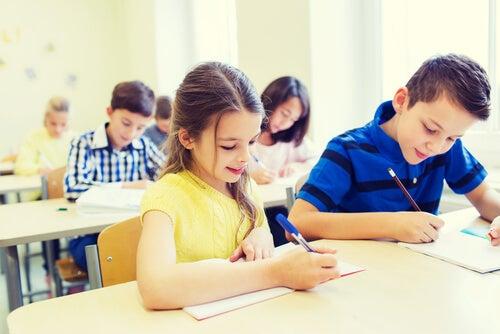 ¿Qué es el priming educacional?