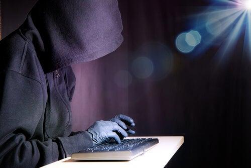 Terrorista teclado