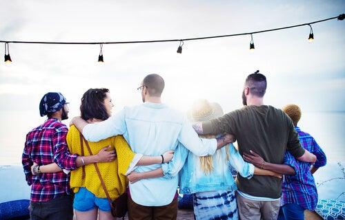 Beneficios de las relaciones sociales en la salud física