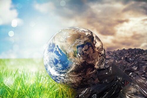 Bola del mundo mitad contaminada