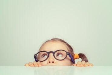 ¿Qué estimula la curiosidad en los niños?