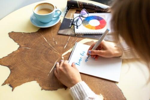 Lettering: un beneficioso pasatiempo