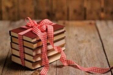 Si amas a alguien, regálale un libro