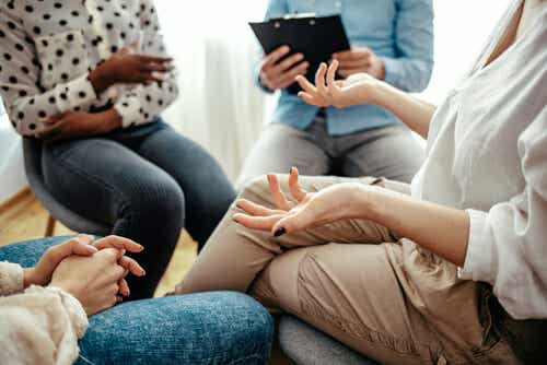 Terapia de diálogo abierto: un nuevo modo de abordar las crisis