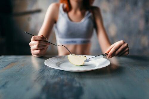 La anorexia nerviosa y la bulimia nerviosa explicadas desde la psicología evolutiva