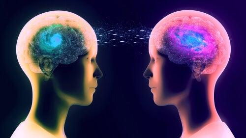 Dos personas conectadas por telepatía