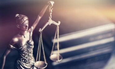 El mito de Temis, la diosa de la justicia