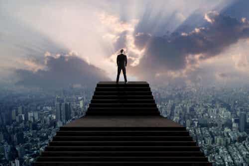 El síndrome del hombre alto, una forma de narcisismo