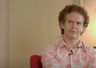 Cómo hacer frente al coronavirus desde la terapia ACT, según Russ Hurris