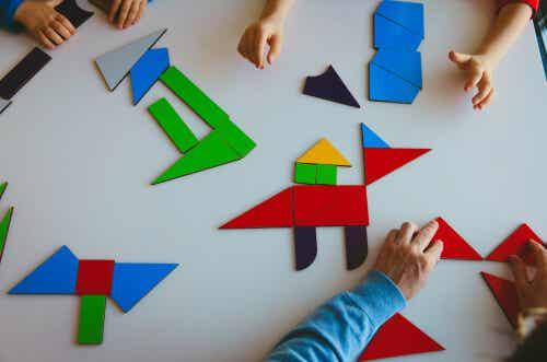 5 juguetes Montessori para niños