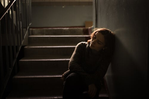 Desvictimizar a la víctima, quitándole poder a la experiencia traumática