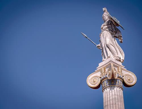 El mito de Atenea, la diosa de la guerra justa
