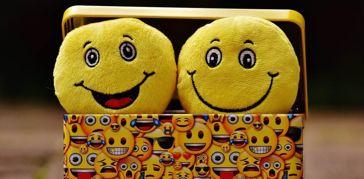 rostros representando cómo tener Inteligencia Emocional